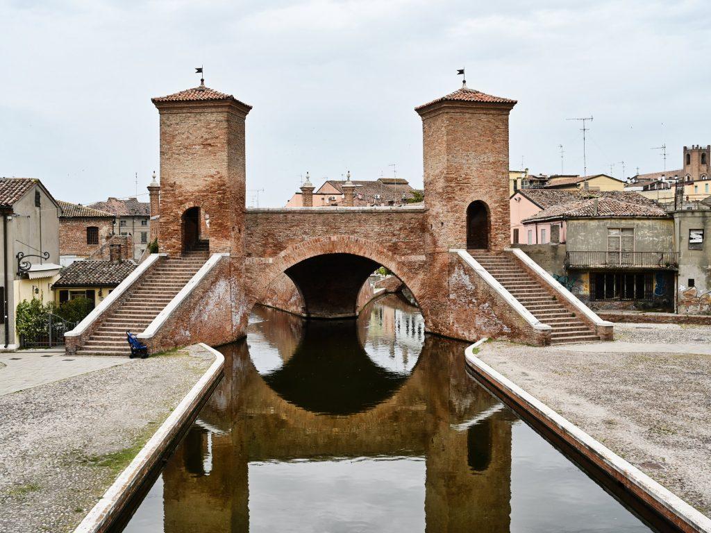 Ponte Trepponti, Comacchio
