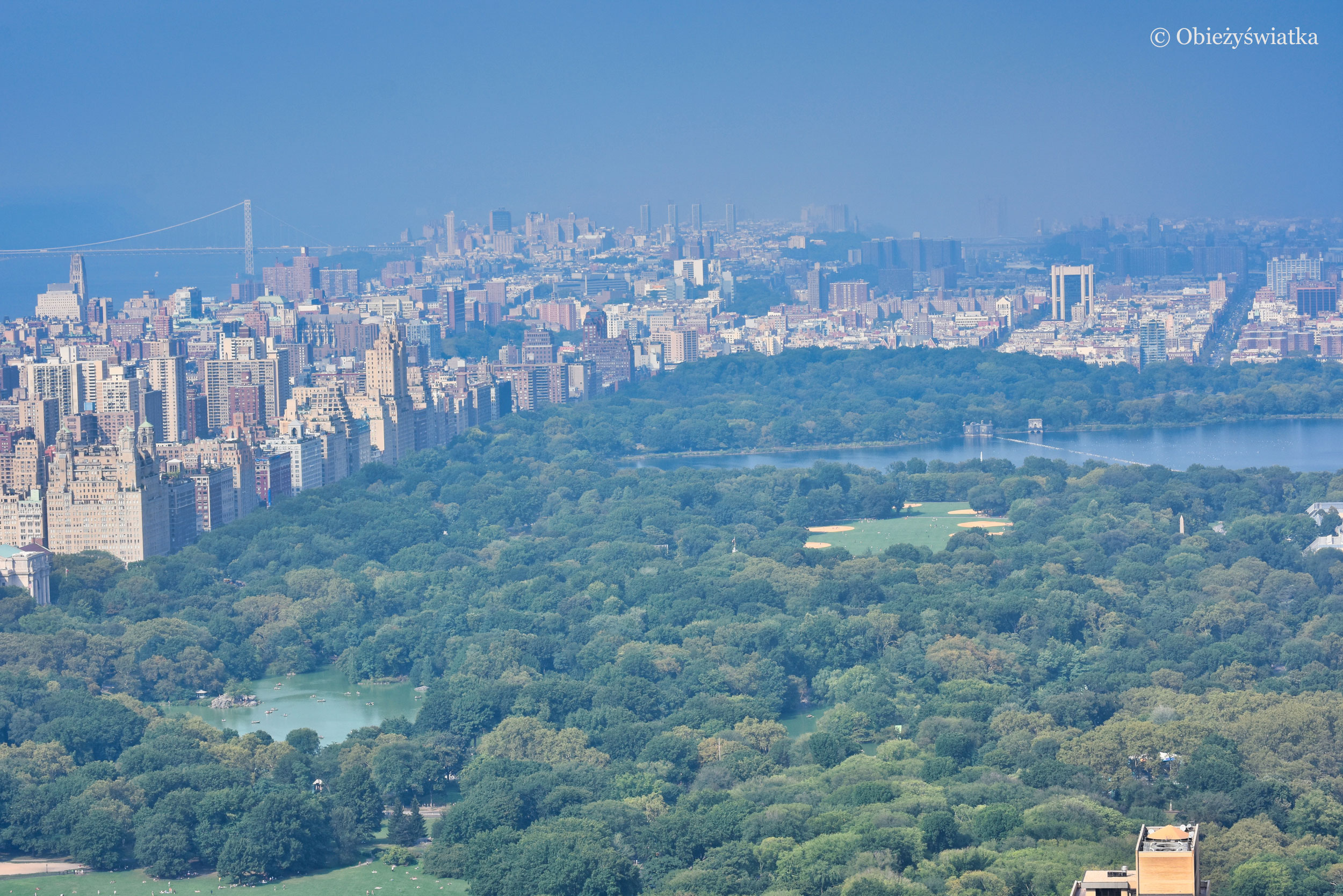 Central Park widziany z platformy kompleksu Rockefellera