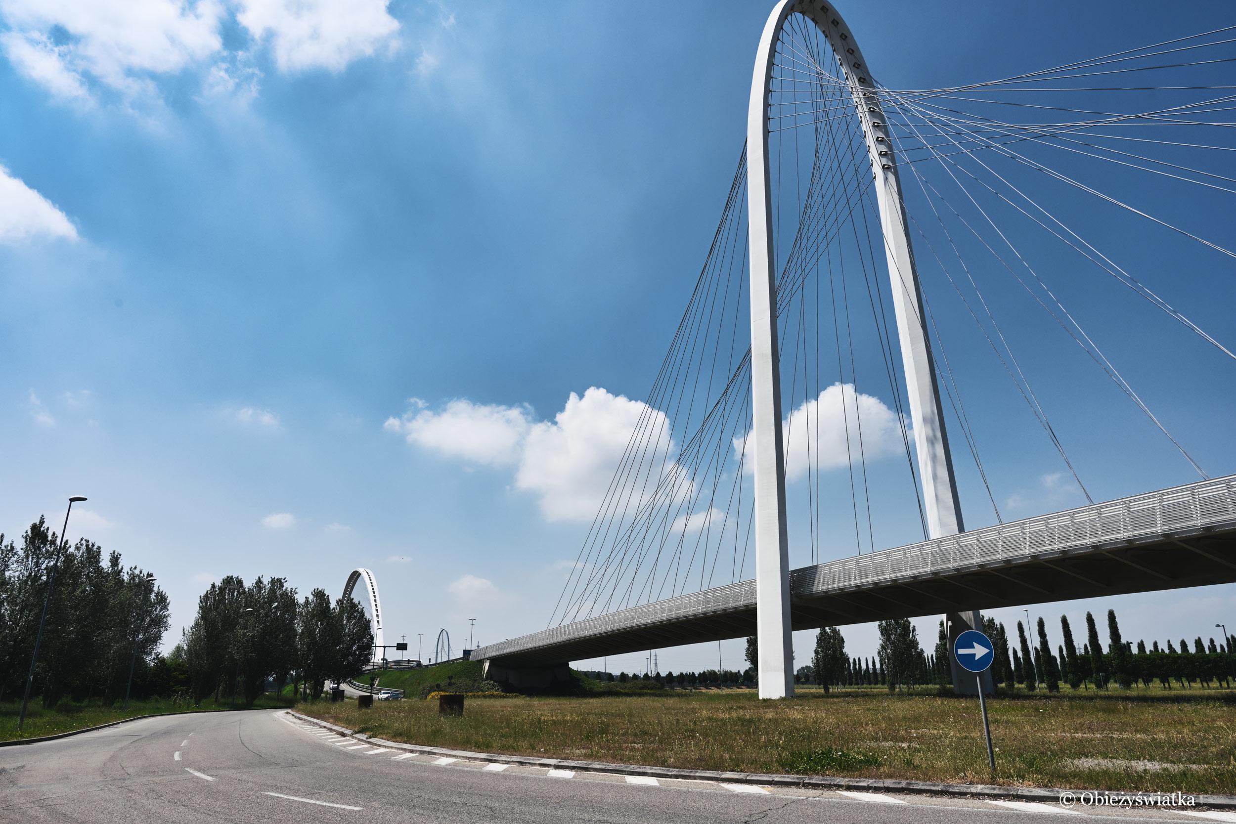 Mosty projektu Calatravy, Reggio Emilia,Włochy