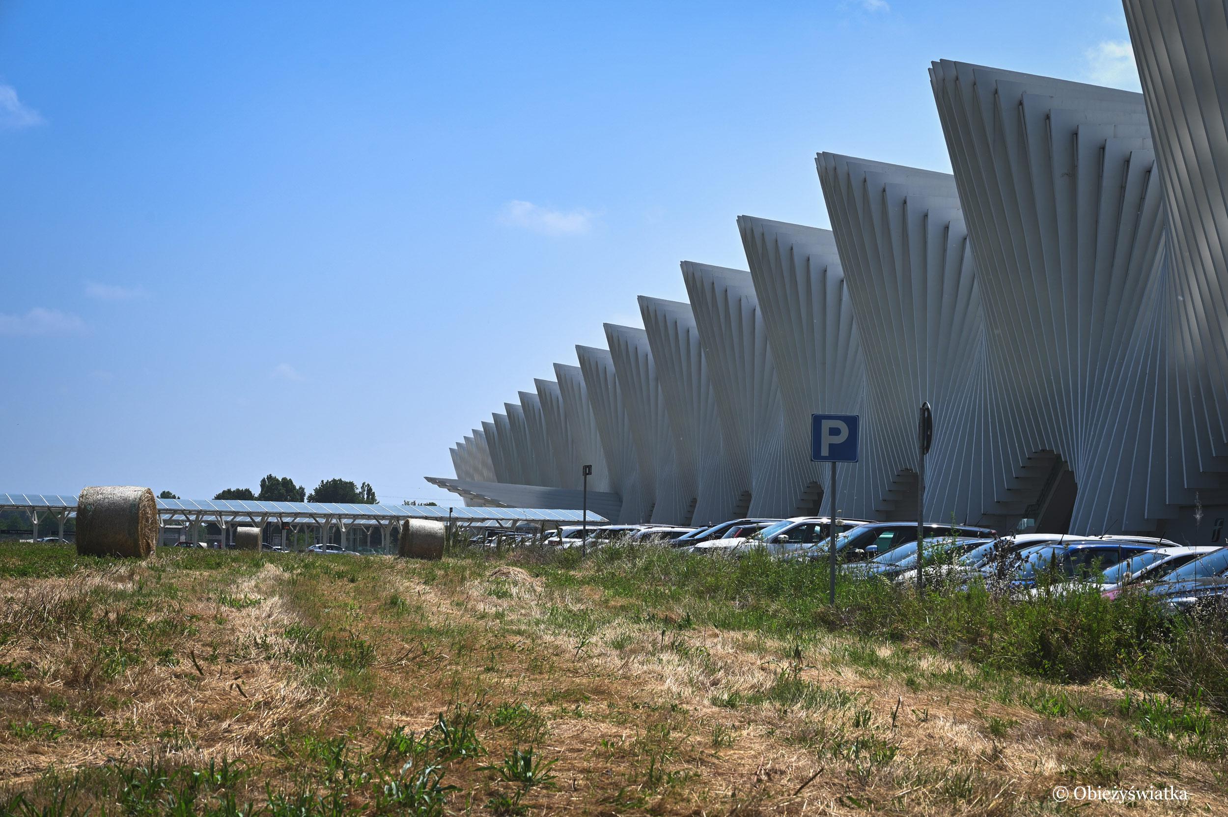 Mediopadana - stacja kolejowa, Włochy
