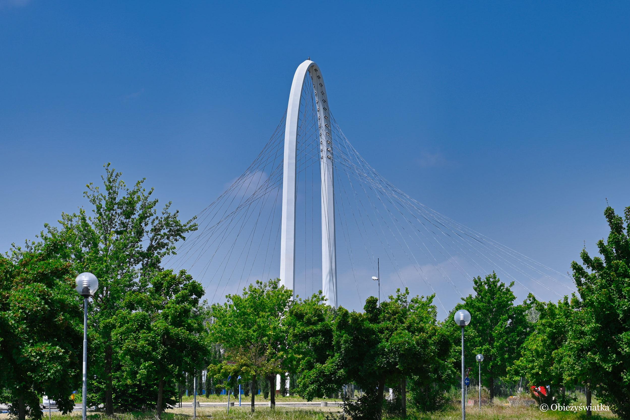 Jeden z mostów Calatravy, Reggio Emilia, Włochy
