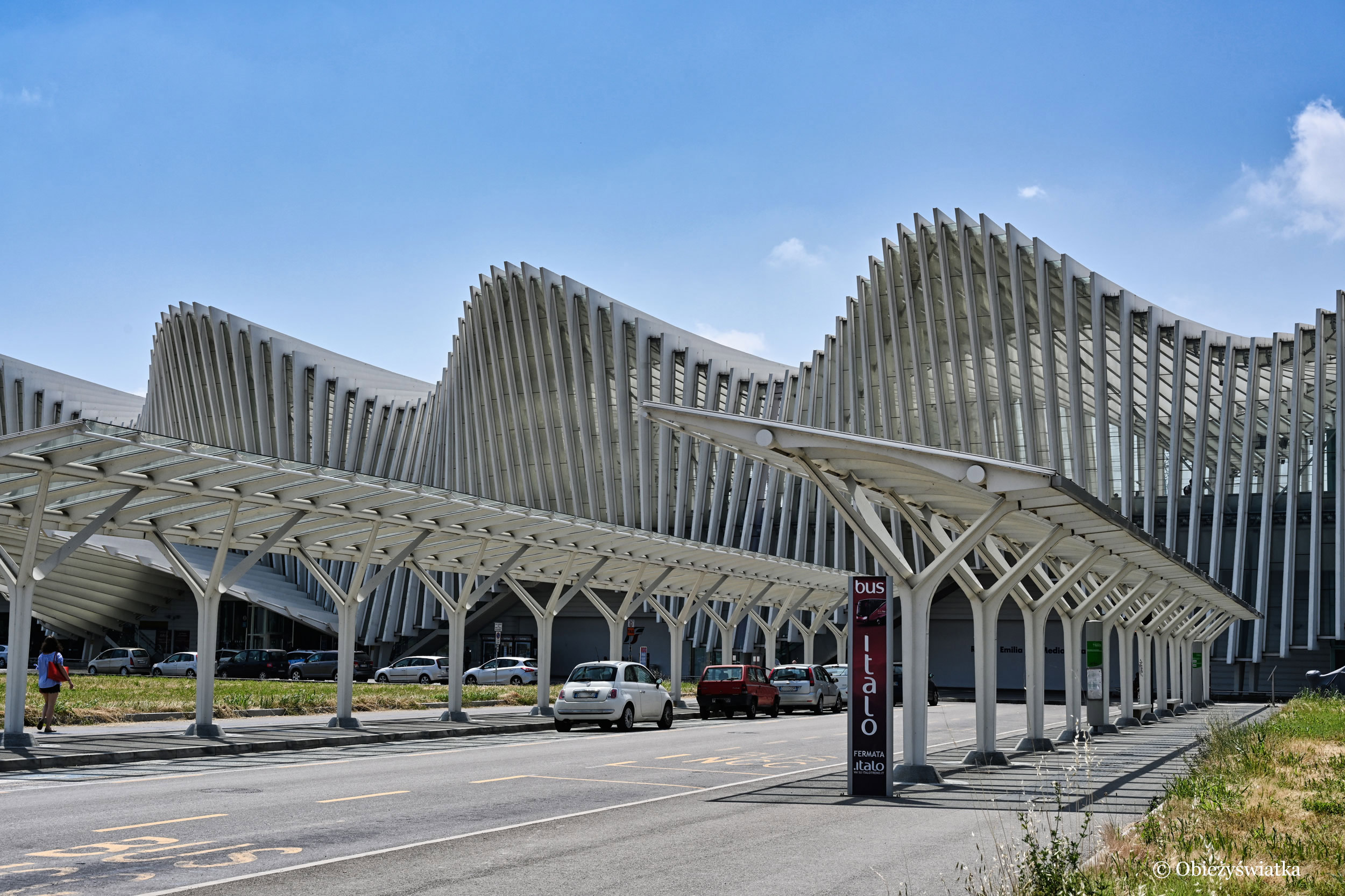 Mediopadana - dworzec projektu Santiago Calatravy