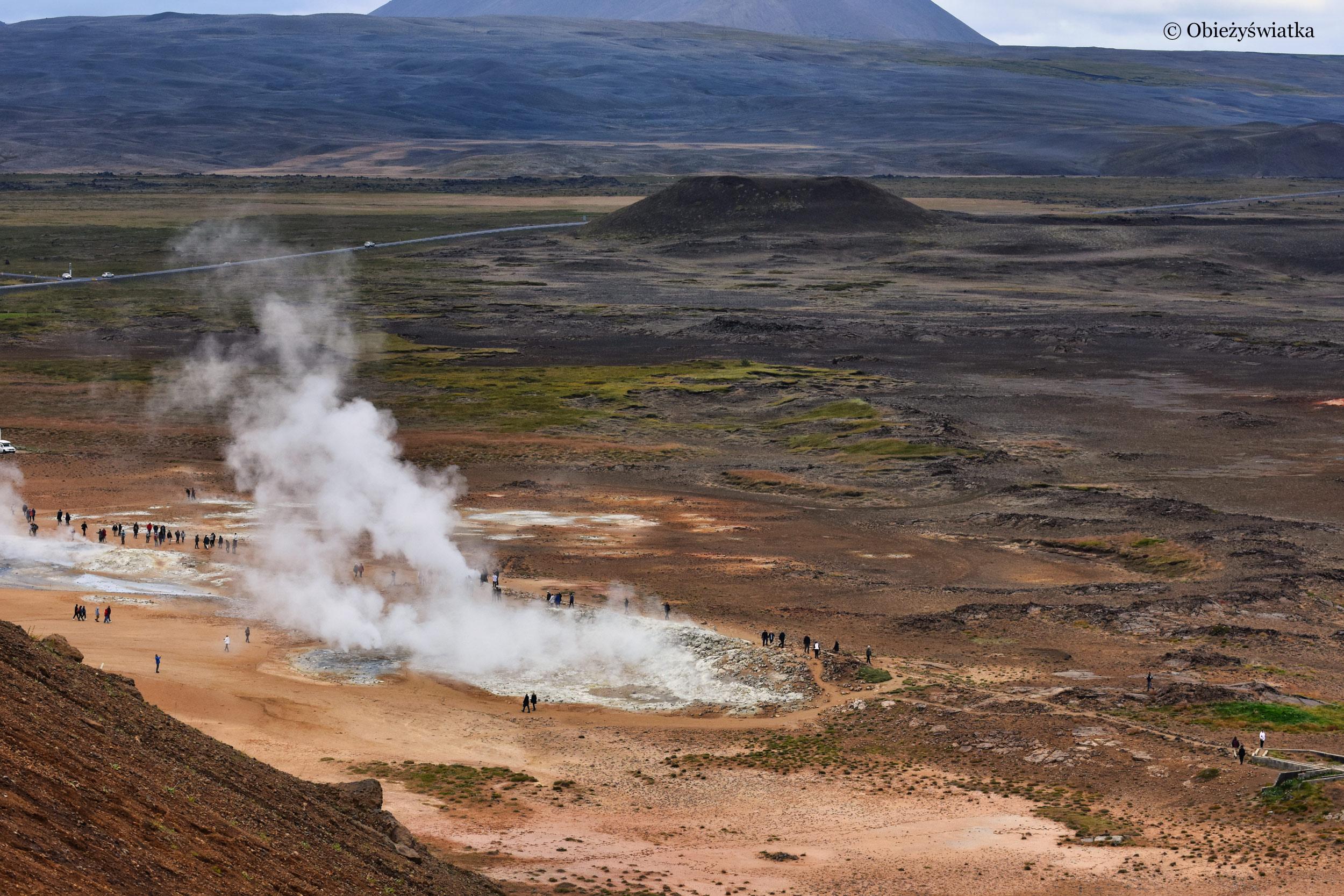 Wyziewy wulkaniczne, Islandia