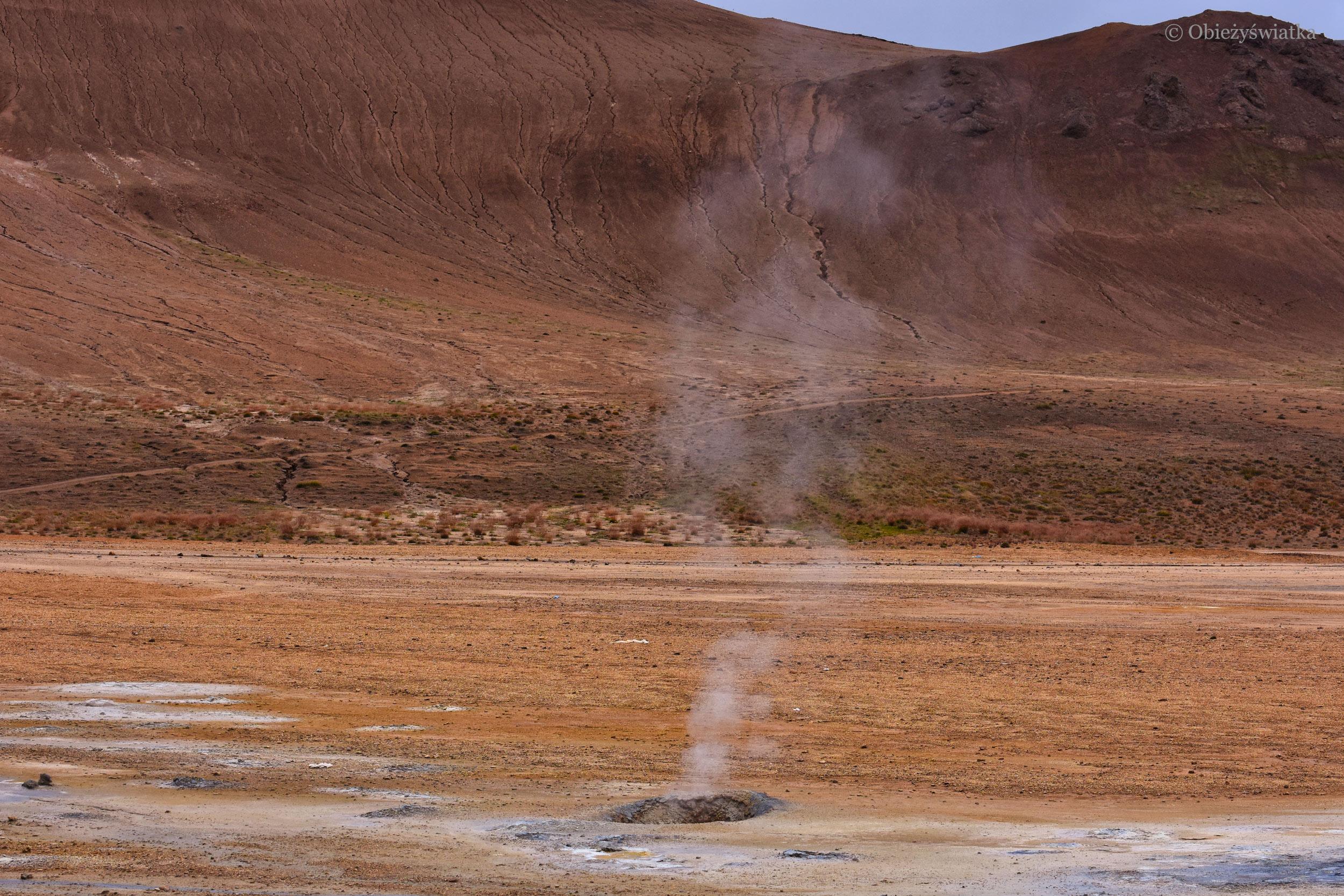 Ziemia oddycha..., Islandia