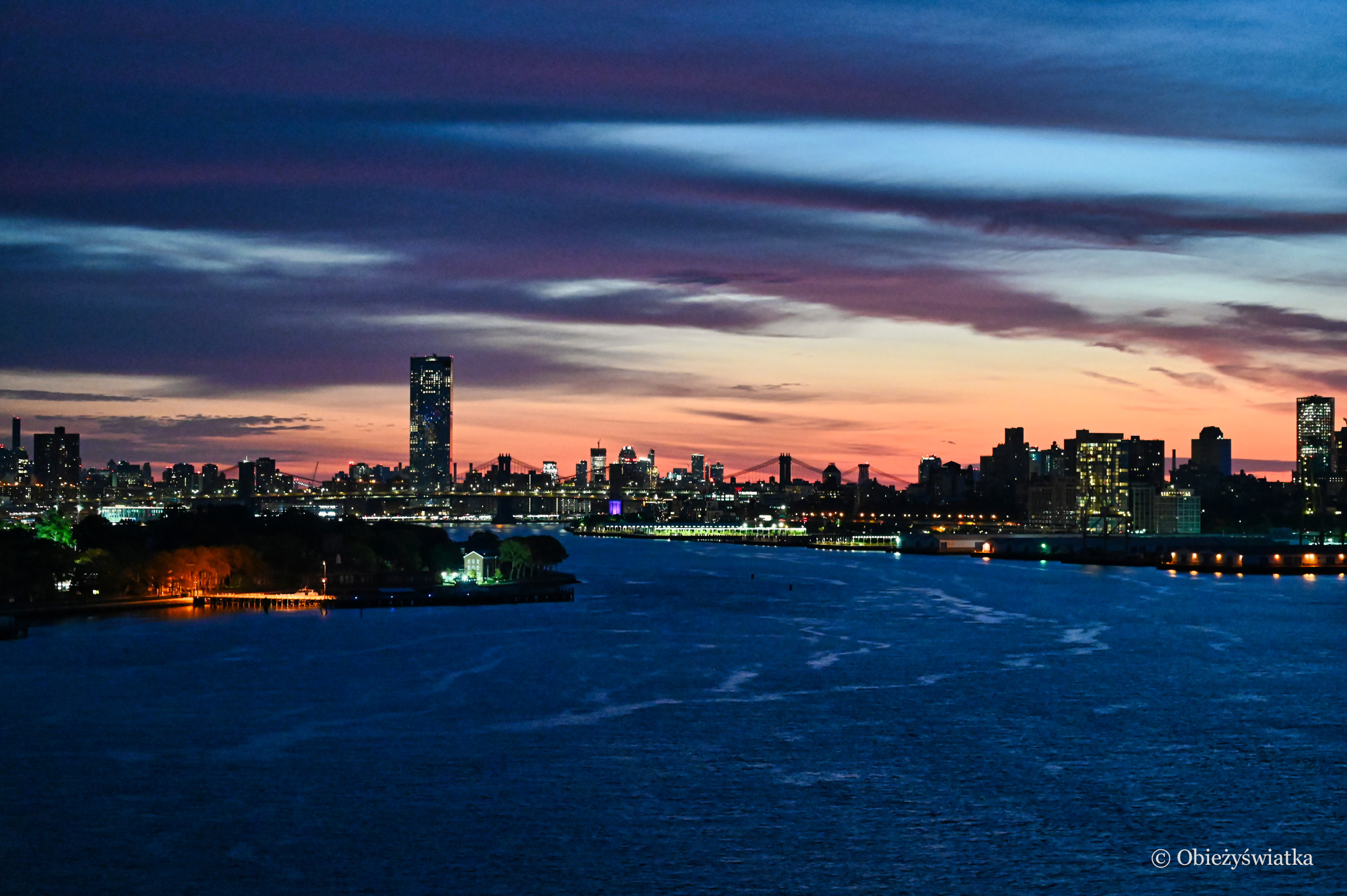 Nowy Jork o świtaniu