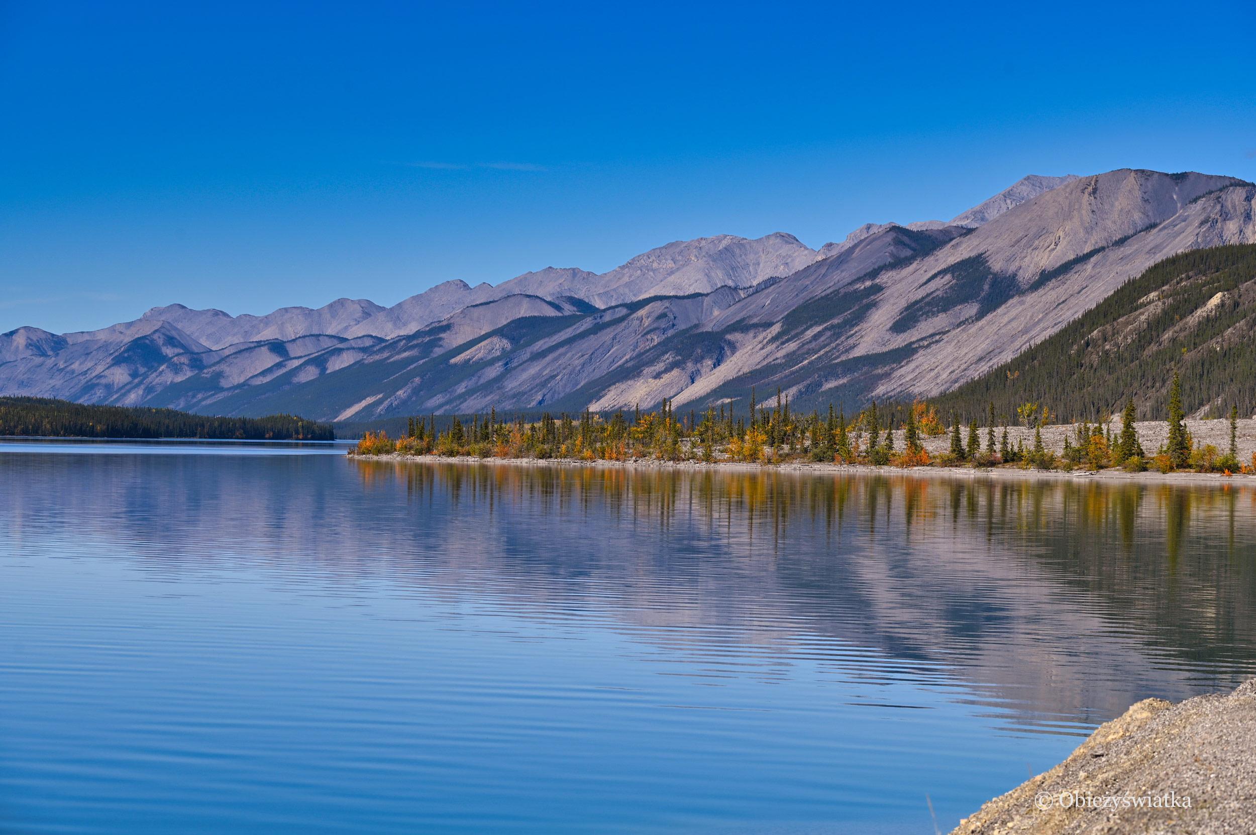 Jezioro Muncho, Alaska Highway, Kanada