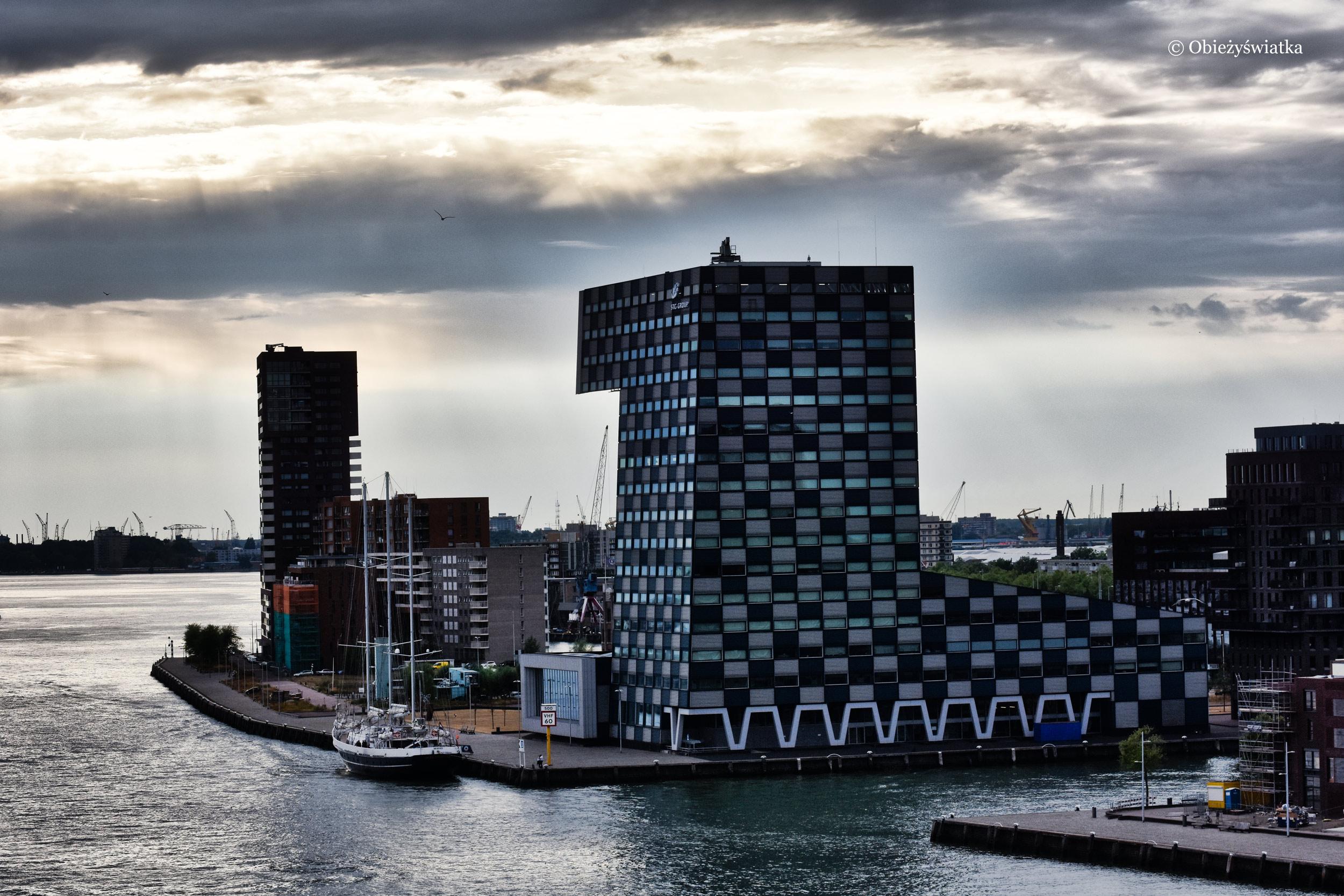 W porcie: Das Scheepvaart en Transport College, Rotterdam