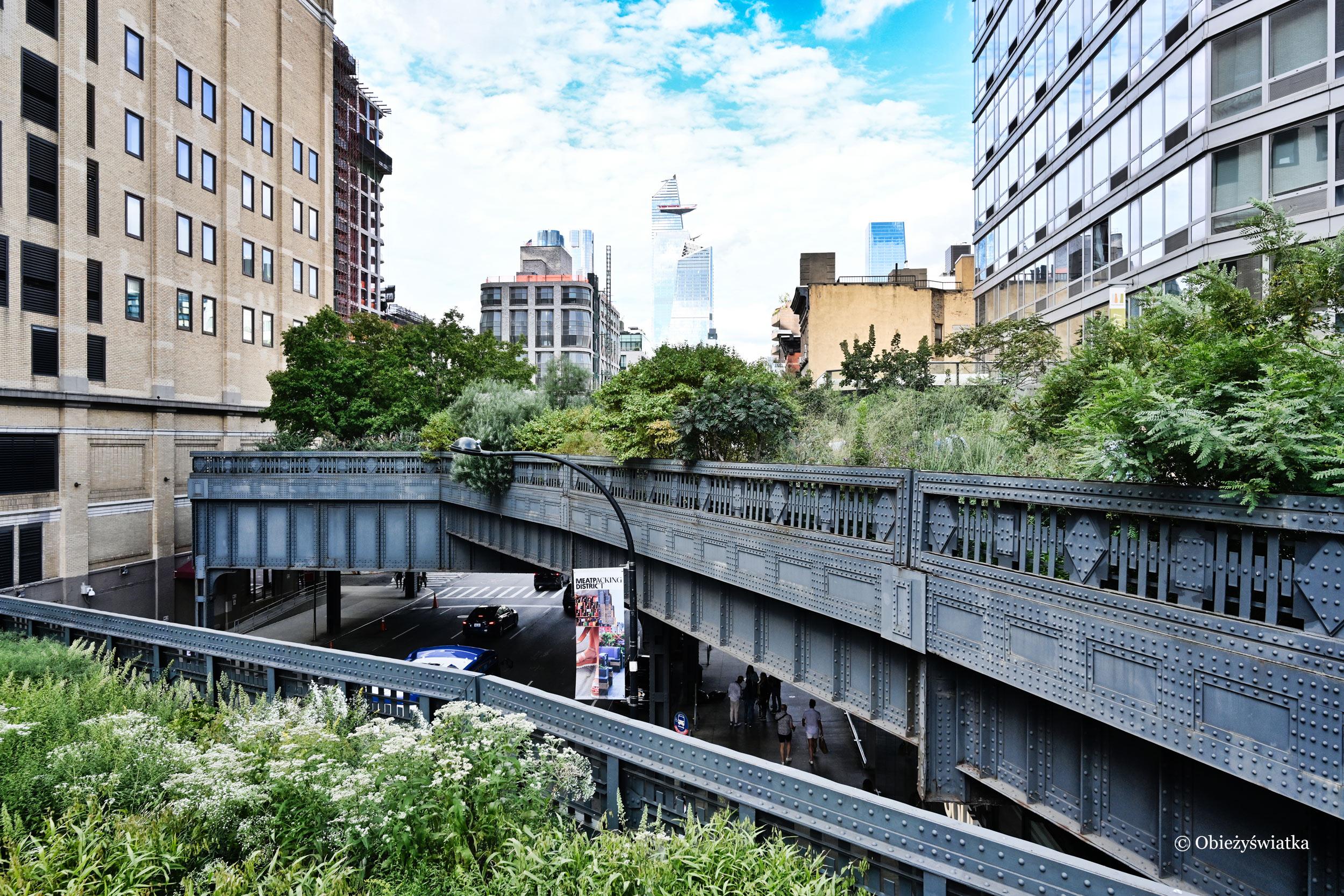 Park The High Line powstały na dawnej trasie kolejowej, Nowy Jork