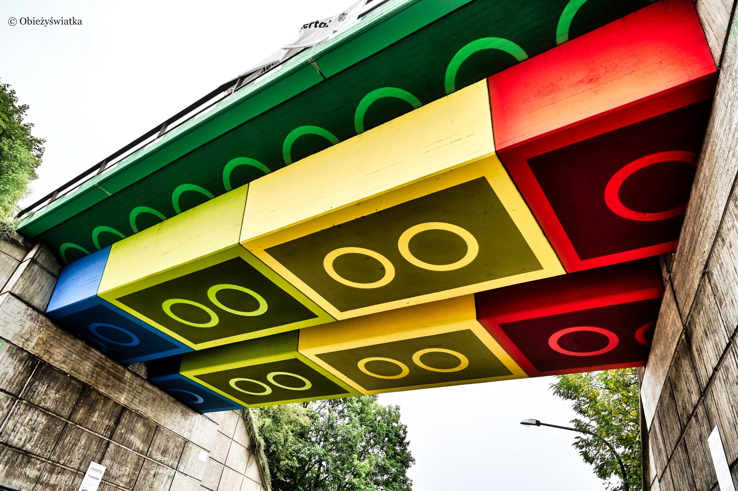 Most w optyce klocków Lego, Niemcy