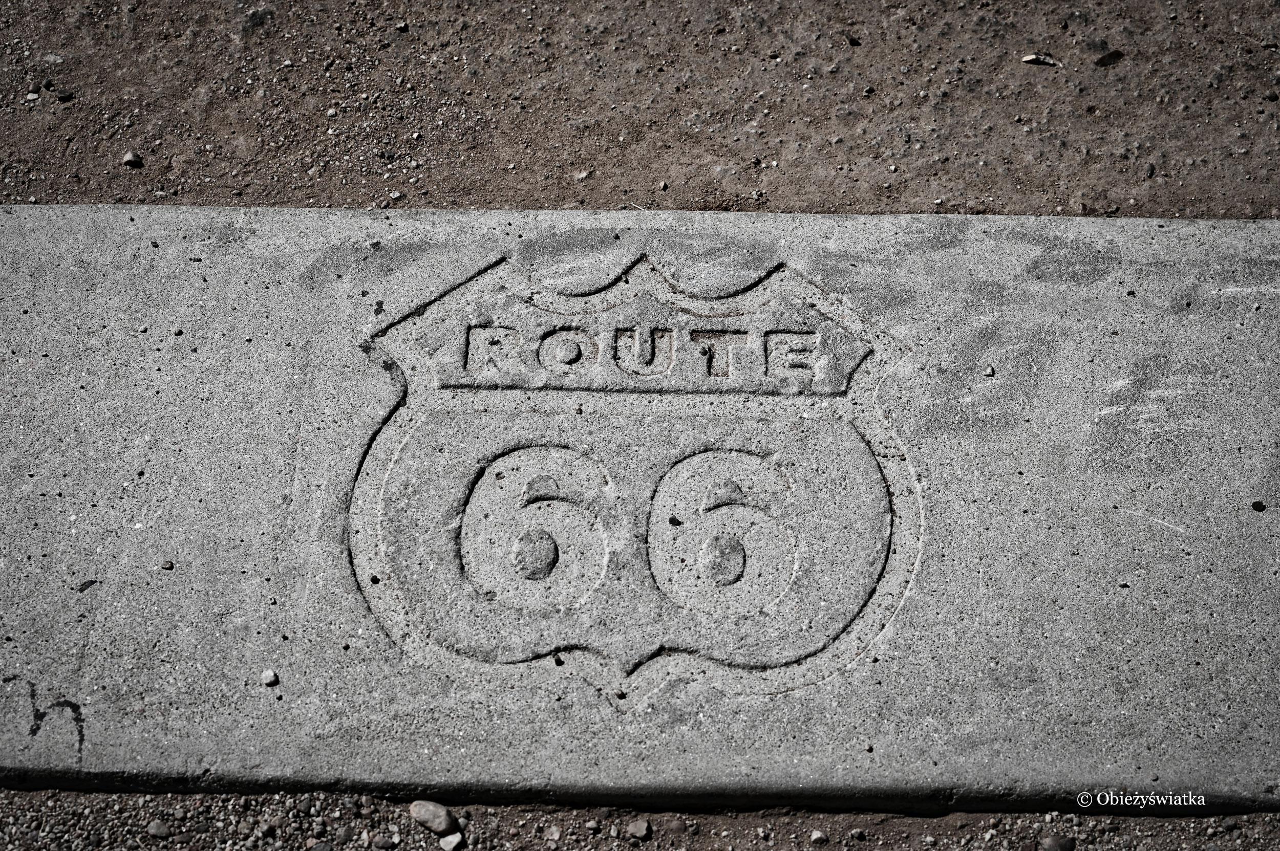 Route 66 w Parku Narodowym Skamieniałego Lasu - Petrified Forest National Park - to jedyny park narodowy, przez który przebiegała wcześniej Route 66