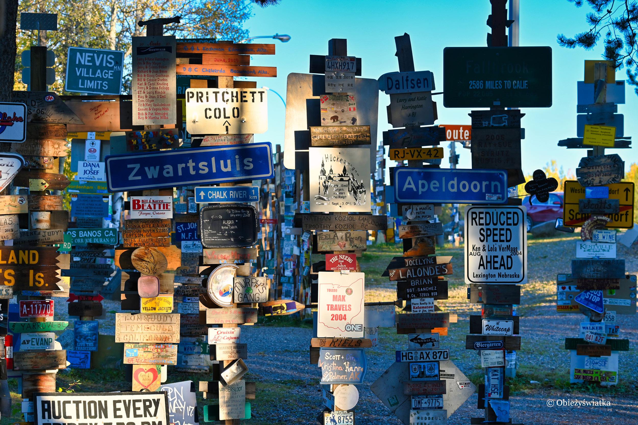 Szyldy, szyldy, szyldy - Sign Post Forest, Watson Lake