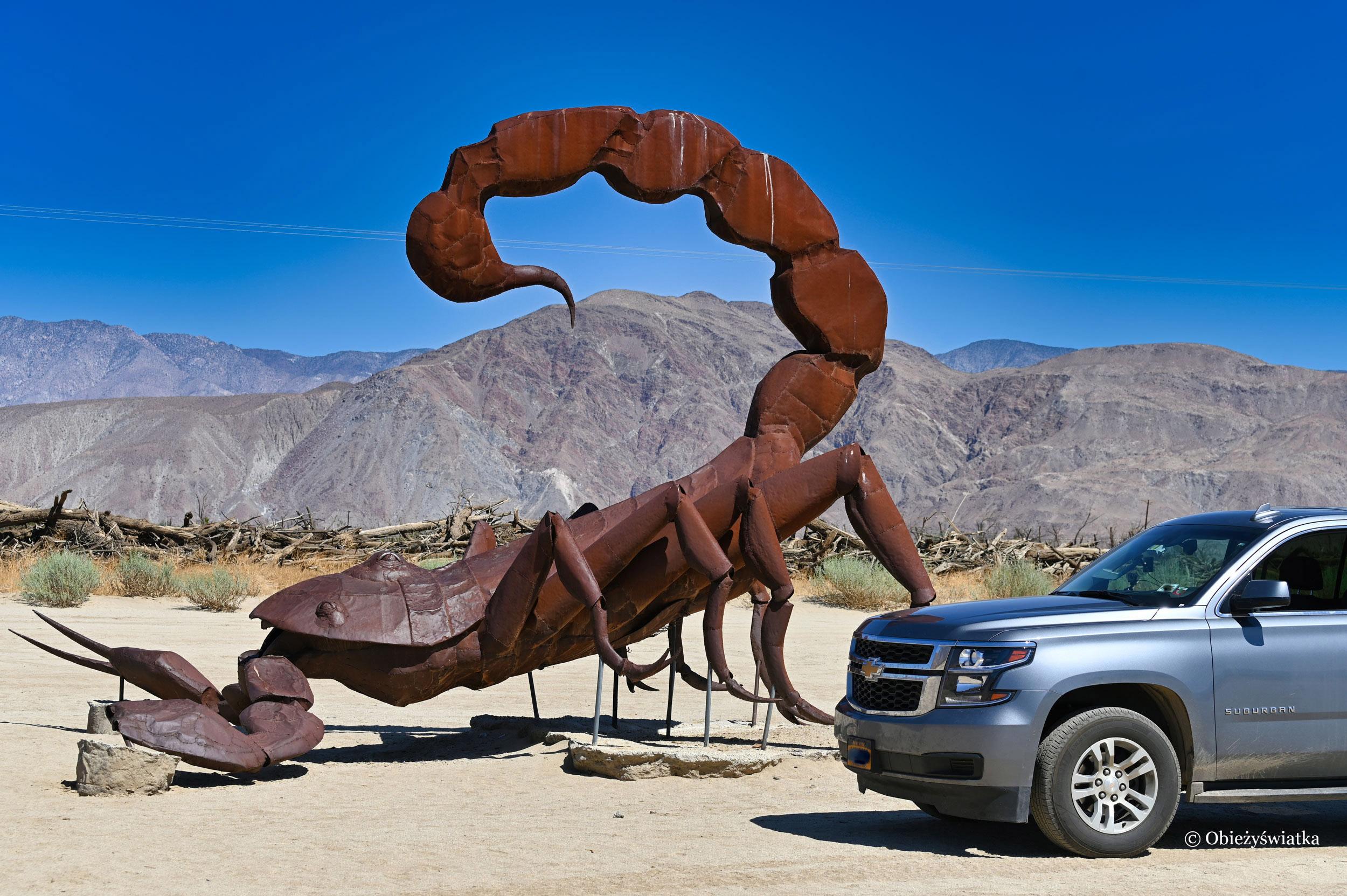 Ogromne rzeźby w Borrego Springs, Kalifornia