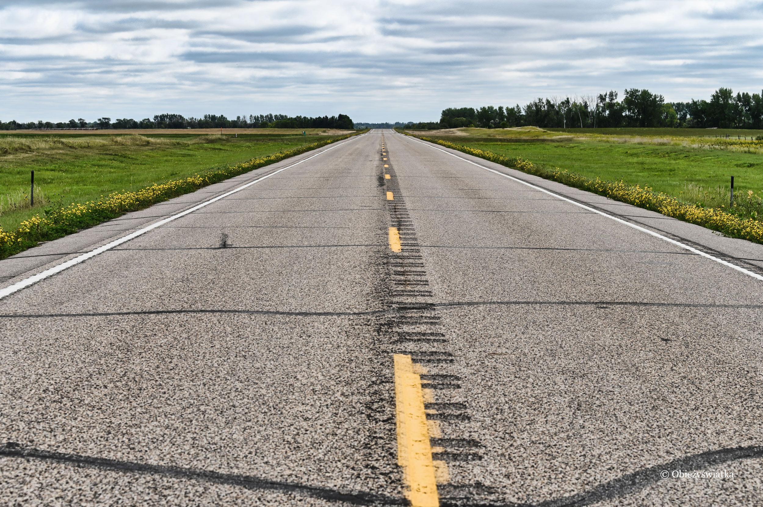 Jadąc przez Dakotę Północną...
