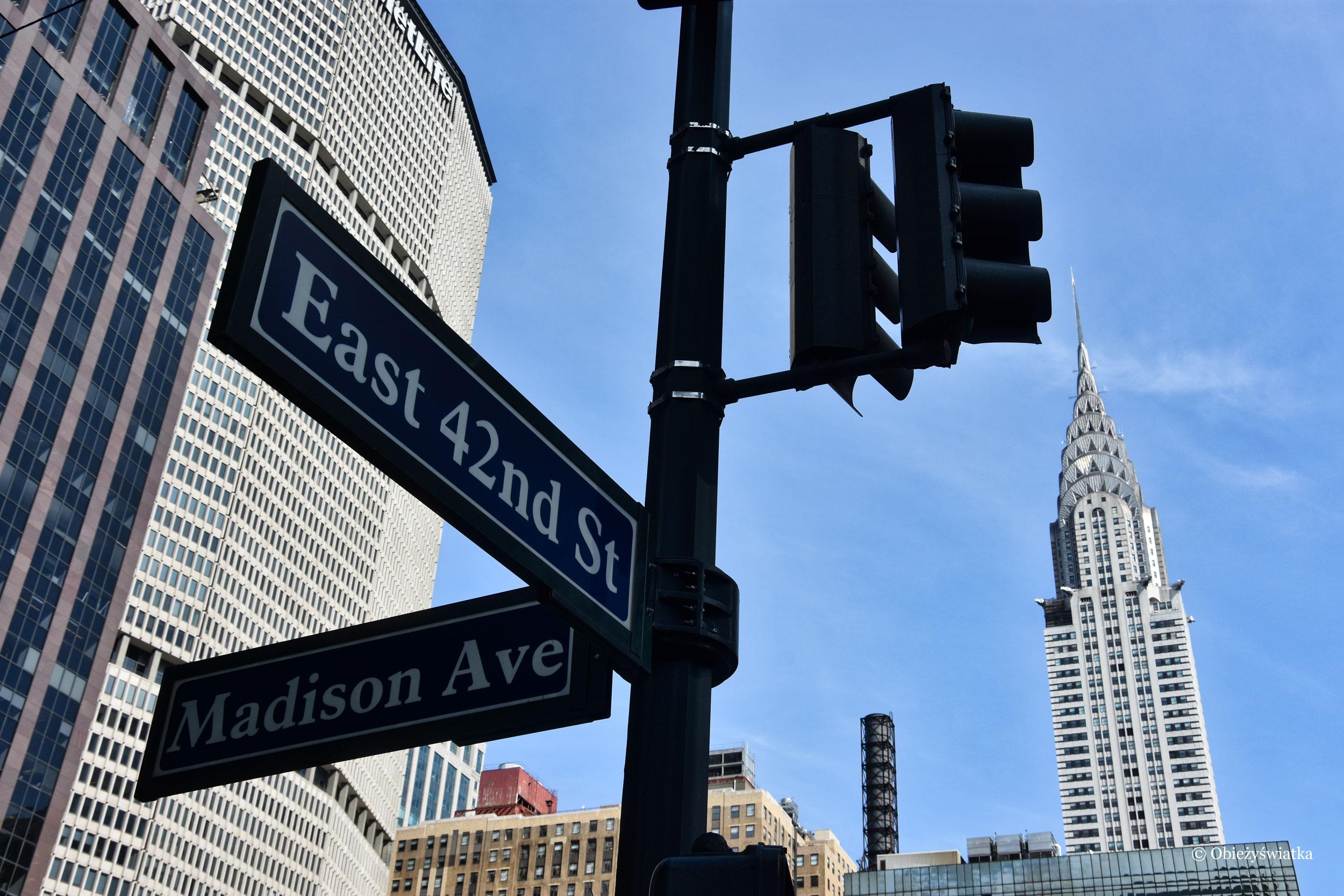 Skrzyżowanie Madison Ave i East 42nd Street, NYC