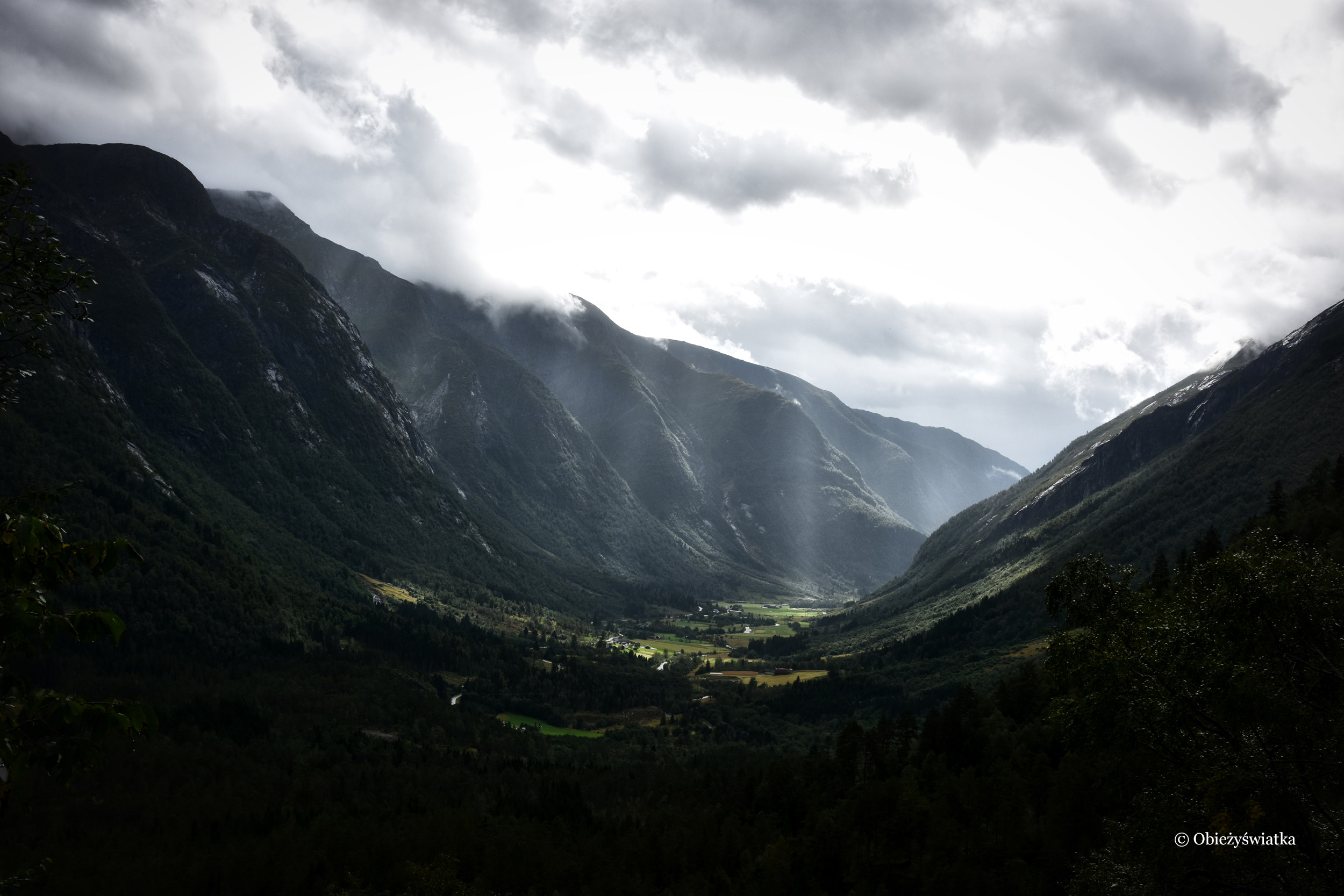 Gaularfjellet - trochę deszczu, trochę słońca....