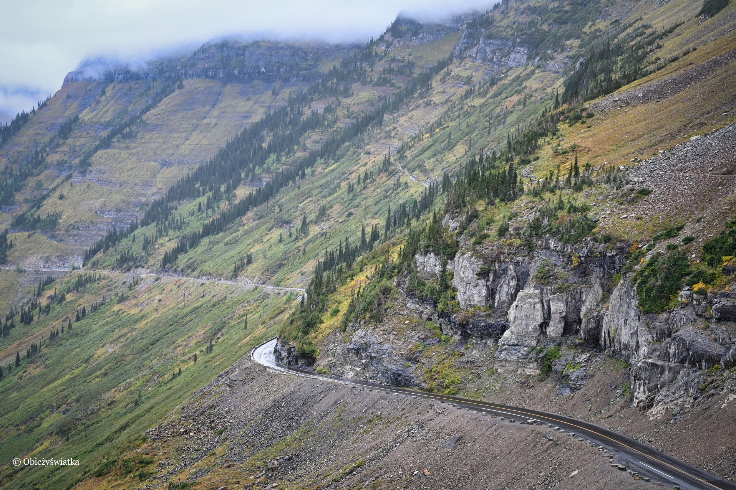 Deszczowo, Rocky Mountains, Glacier National Park, USA