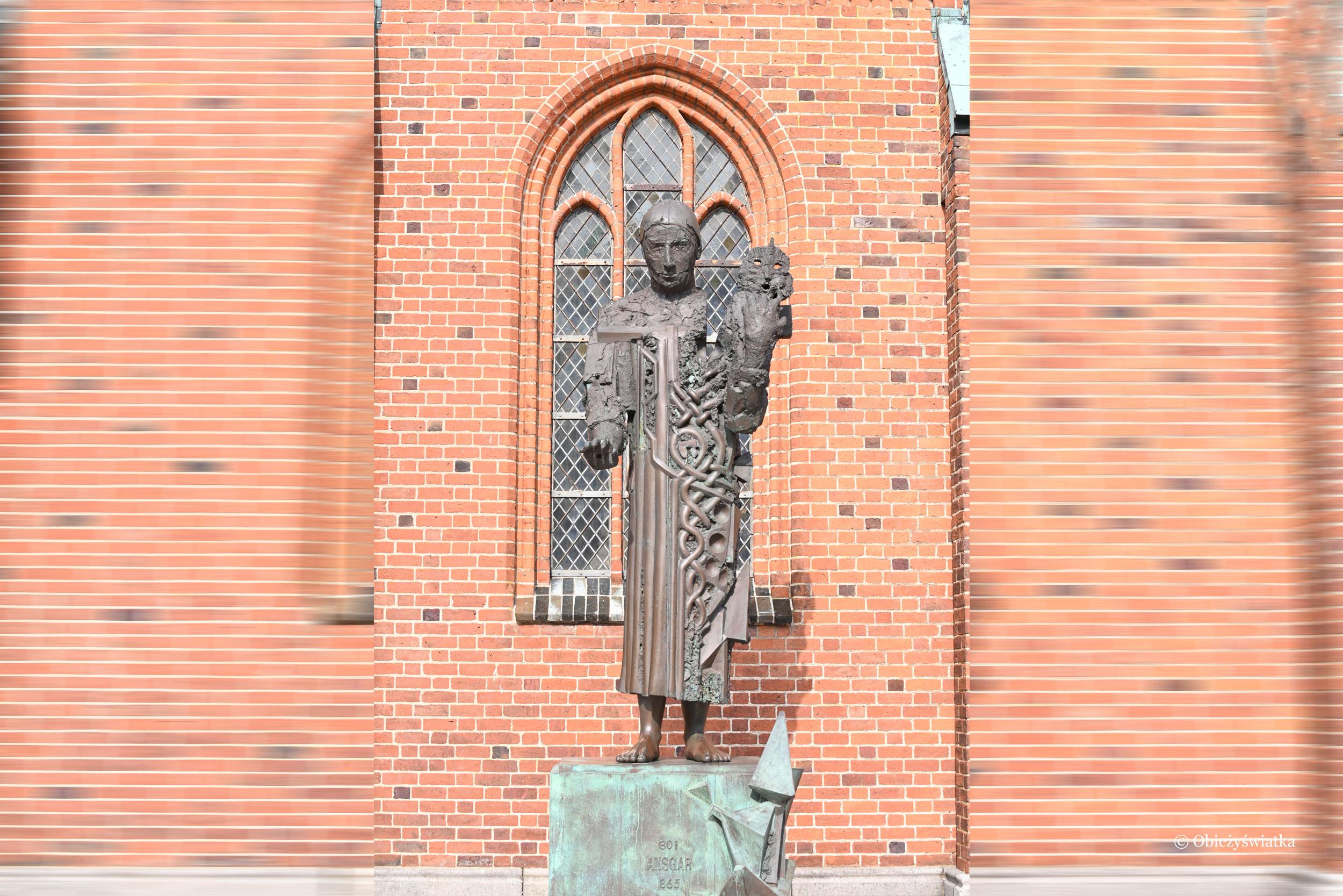 Pomnik św. Oskara - Ansgara, dzięki któremu powstała tutaj katedra - Ribe, Dania