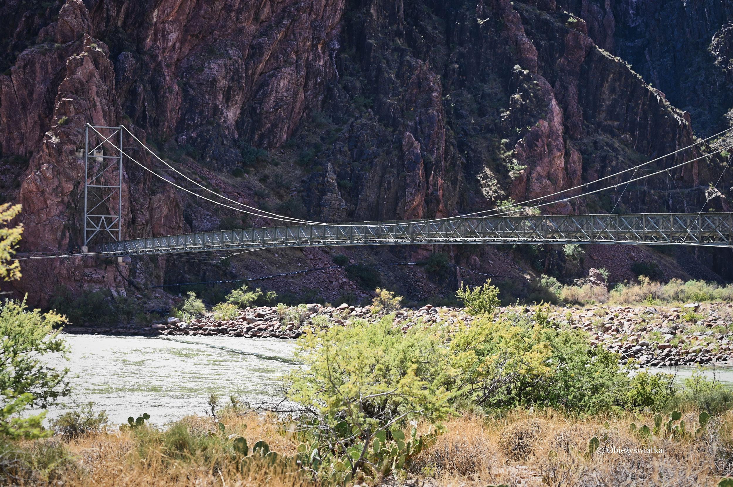 Most na rzece Kolorado na dnie Wielkiego Kanionu, Grand Canyon, Arizona, USA