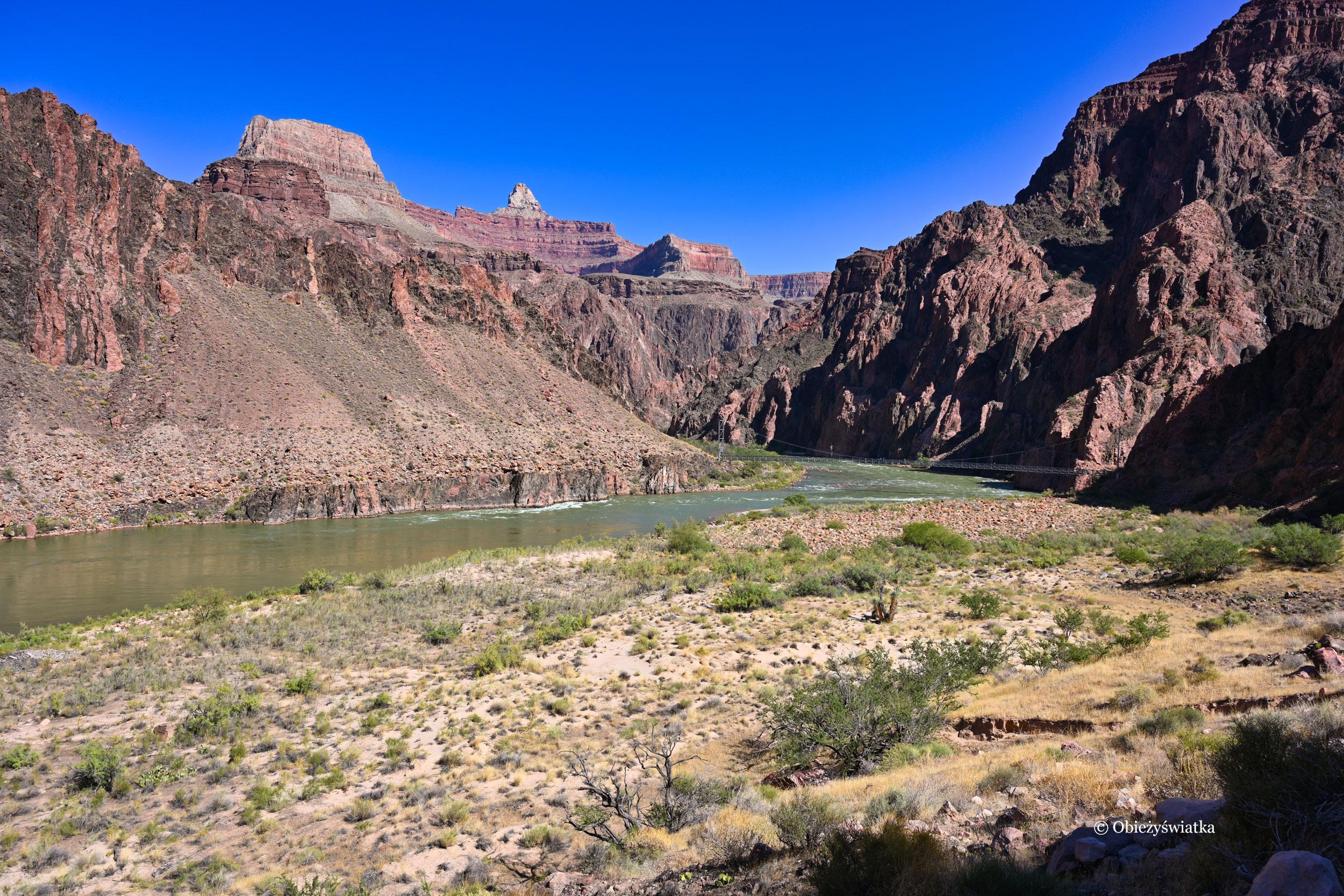 Rzeka Kolorado na dnie Wielkiego Kanionu - Colorado River in the Grand Canyon, Arizona