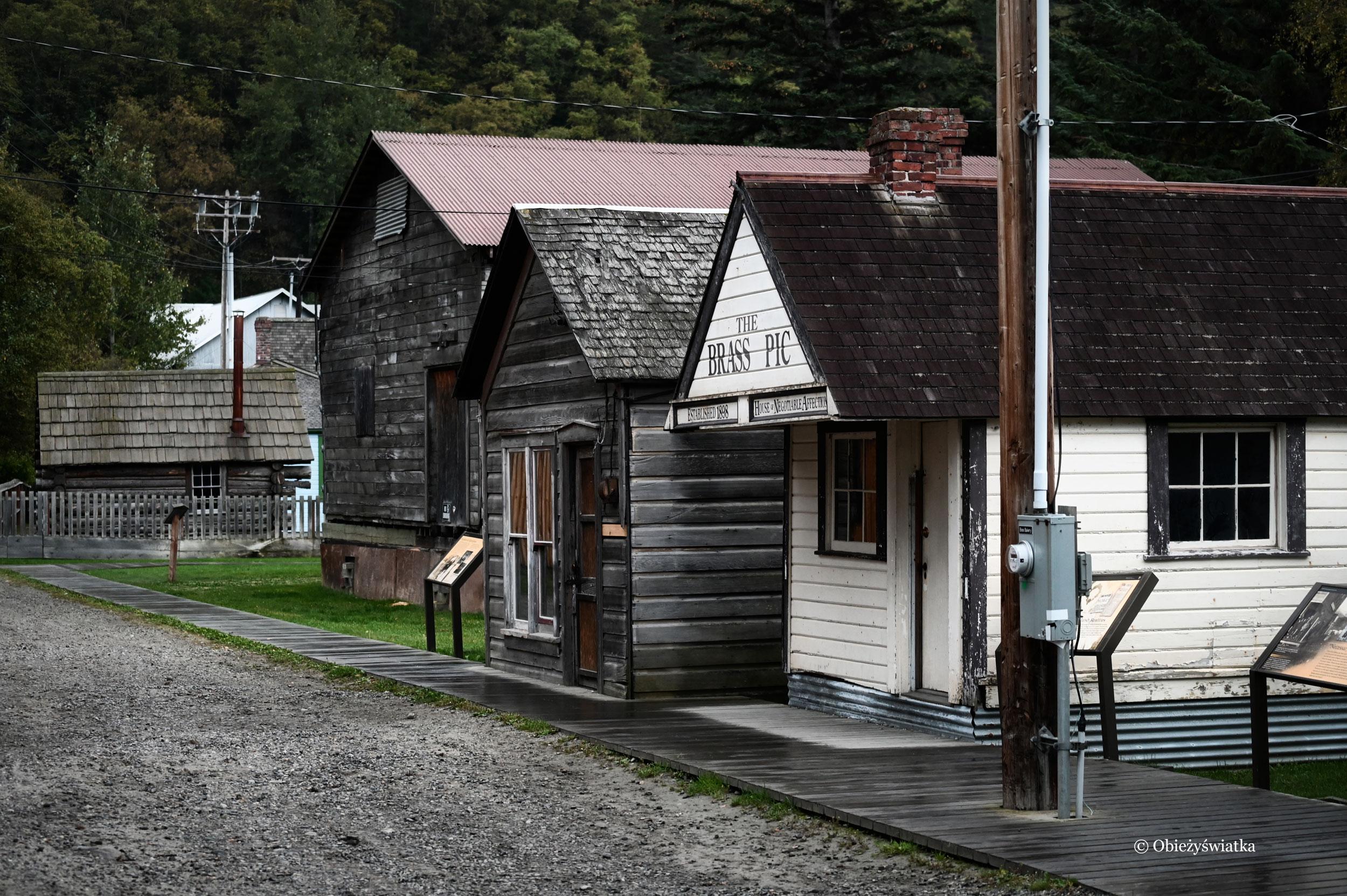 Historycznym szlakiem po miasteczku Skagway, Alaska