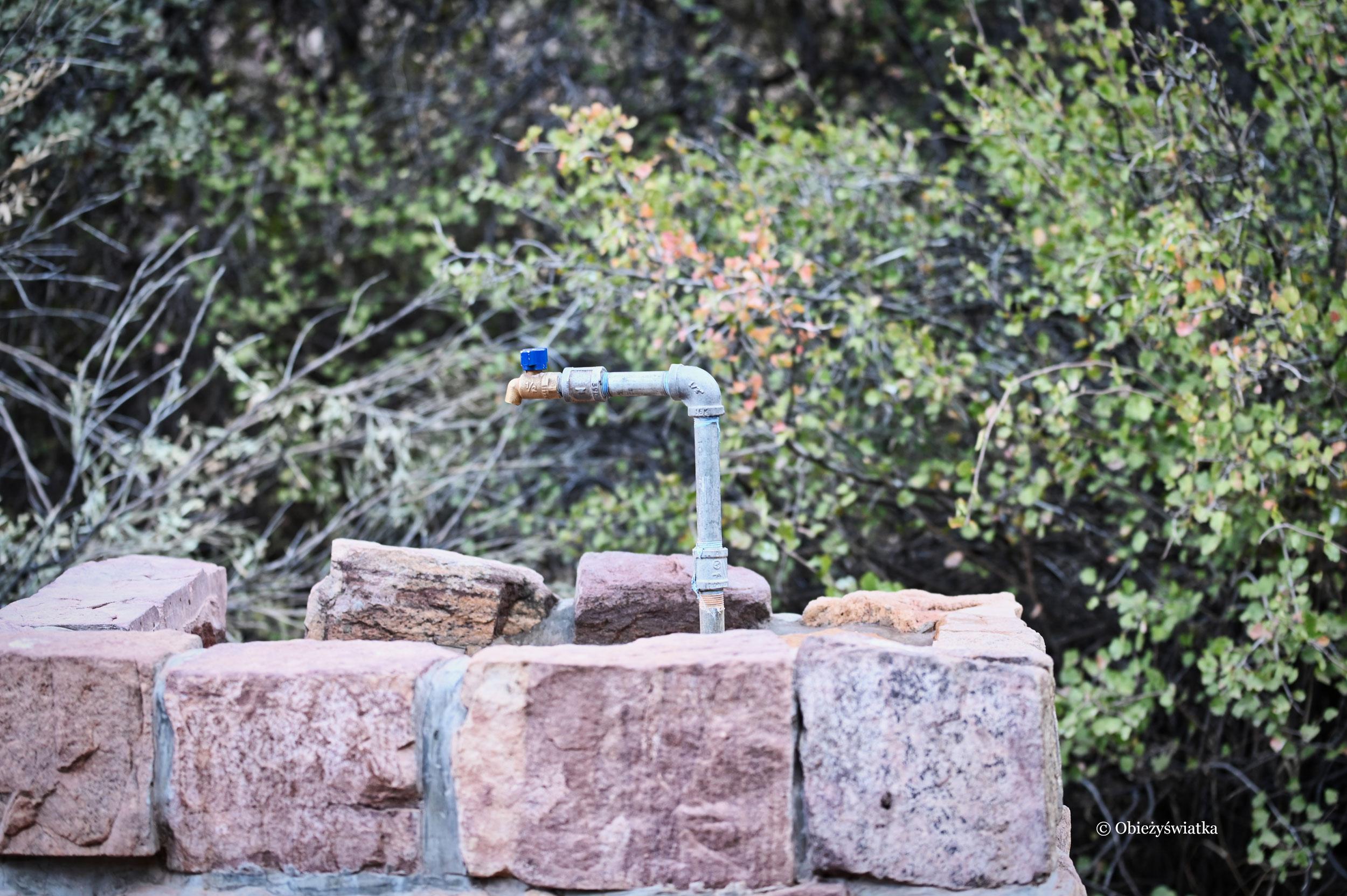 North Kaibab Trail - jedno z miejsc, gdzie dostępna jest woda do picia, Grand Canyon, Arizona