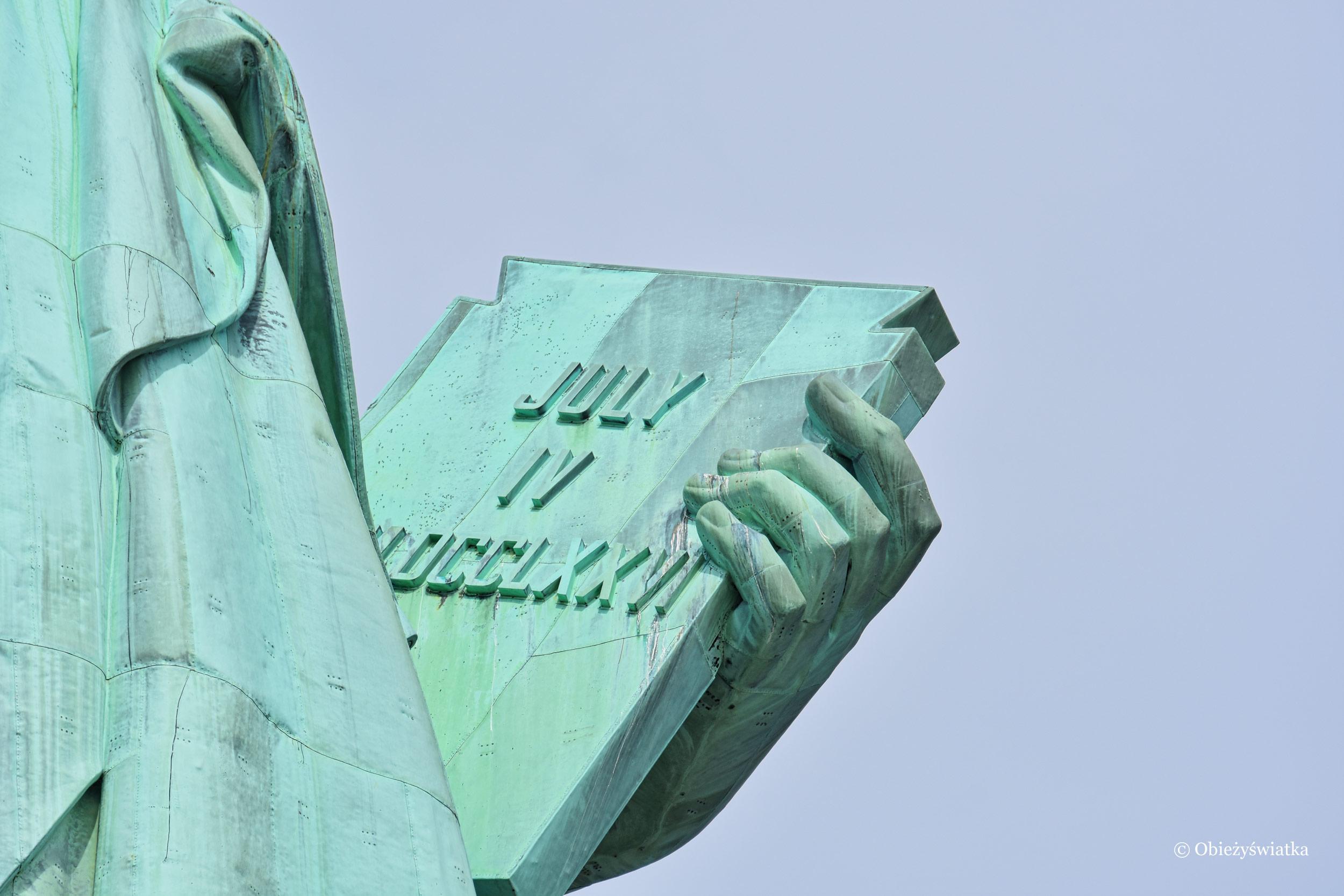 Tablica trzymana przez Wolność - Statua Wolności, USA